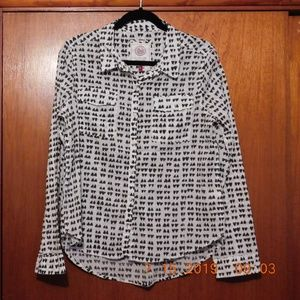 So Perfect Shirt Size L White and Black
